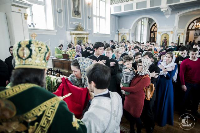 Архиепископ Амвросий совершил диаконскую хиротонию