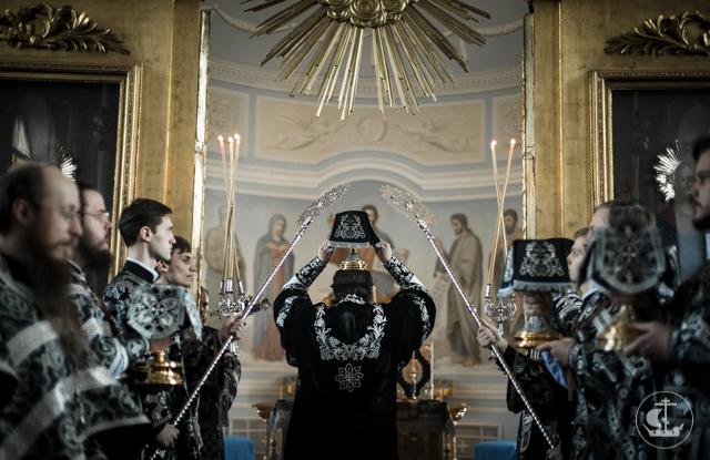 В первый день Страстной седмицы в Академии совершена Литургия преждеосвященных Даров