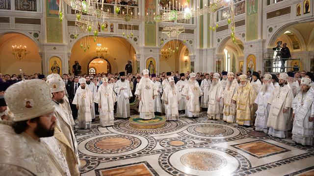 Архиепископ Амвросий сослужил Святейшему Патриарху Кириллу при освящении нового храма Сретенского монастыря