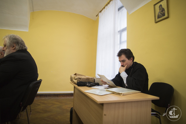 Возрождая дореволюционные традиции. На кафедре богословия был проведен научный семинар