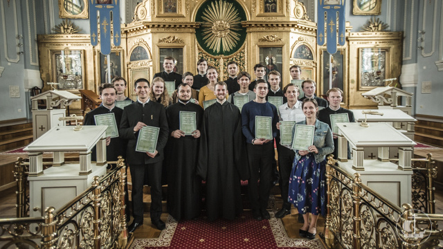 Студенты Академии получили сертификаты об успешном окончании курса сурдоперевода