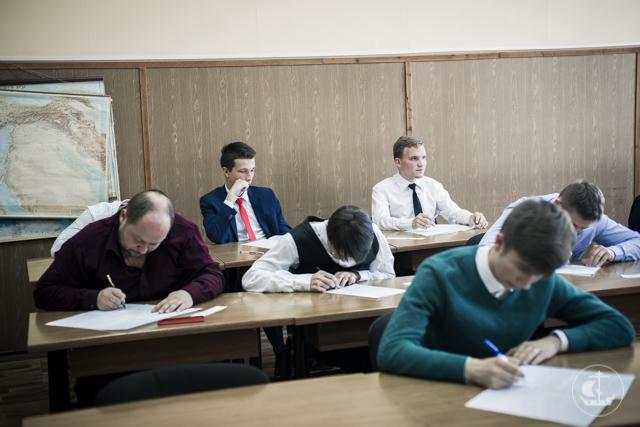 На бакалавриате продолжаются вступительные экзамены