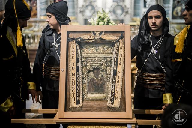 Из Греции в Санкт-Петербург прибыла древняя икона Богородицы «Панагия Сумела»
