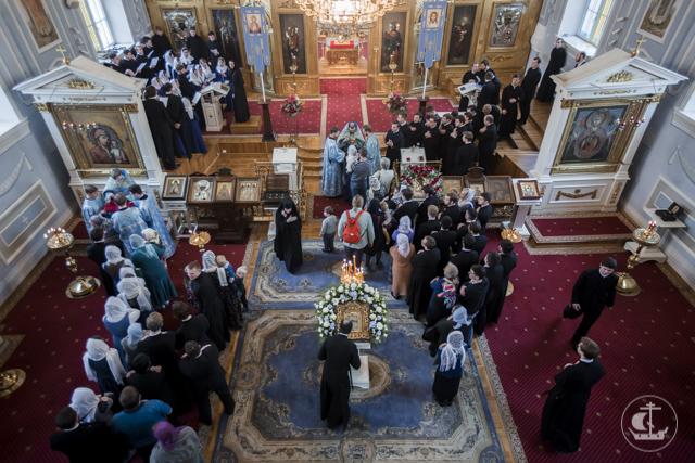 В день Покрова Пресвятой Богородицы в храмах Академии прошли богослужения