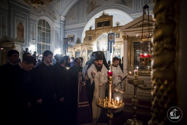 В Духовной Академии прошло заупокойное богослужение в канун Димитриевской Родительской субботы