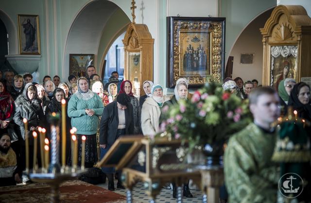 Архиепископ Амвросий возглавил престольные торжества в Иоанновском монастыре Санкт-Петербурга