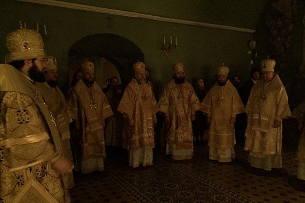 Архиепископ Амвросий принял участие в служении воскресной Литургии в Москве
