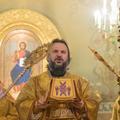 Архиепископ Петергофский Амвросий совершил воскресную Литургию в храме Рождества Иоанна Предтечи на Пресне