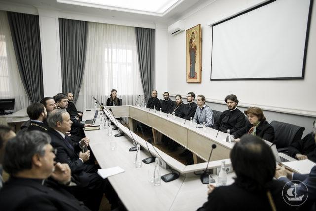 Представители рабочей группы «Церкви в Европе» посетили Духовную Академию