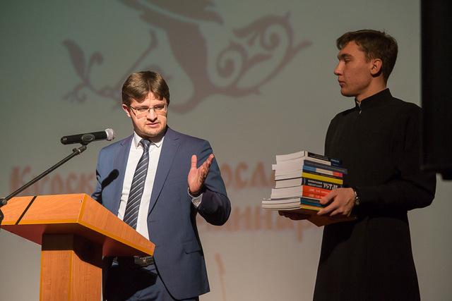 Заведующий аспирантурой принял участие в Актовом дне Курской духовной семинарии
