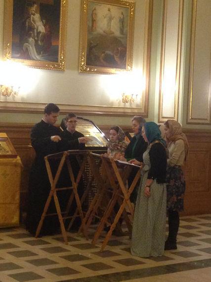 Студенты Академии совершили Божественную литургию в храме Горного университета