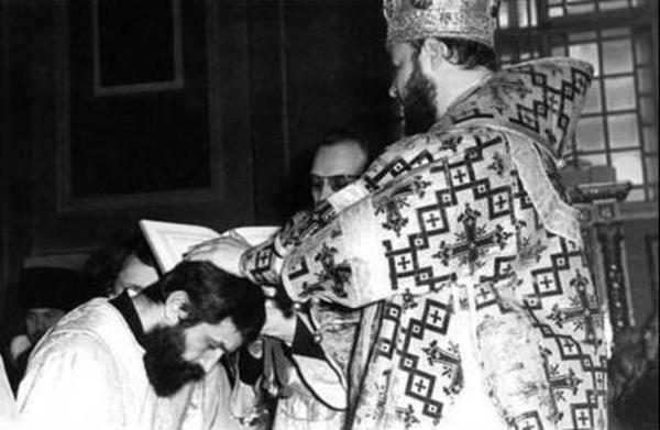 В Академии началась молитва у гроба архимандрита Ианнуария