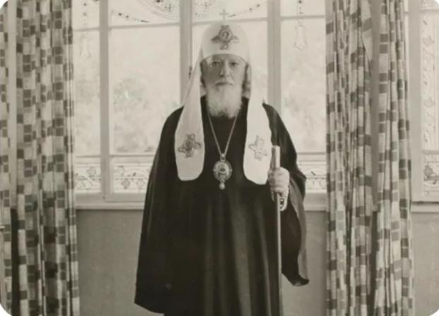 5 рождественских посланий патриархов XX века