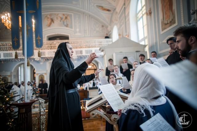 В храмах Духовной Академии прошли праздничные богослужения навечерия Крещения Господня
