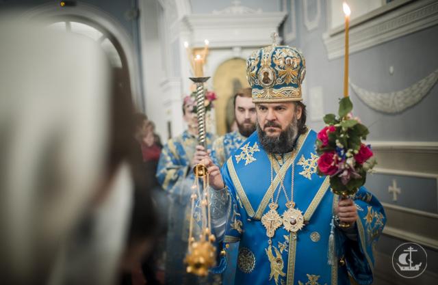 Накануне праздника Сретения Господня ректор Академии совершил всенощное бдение