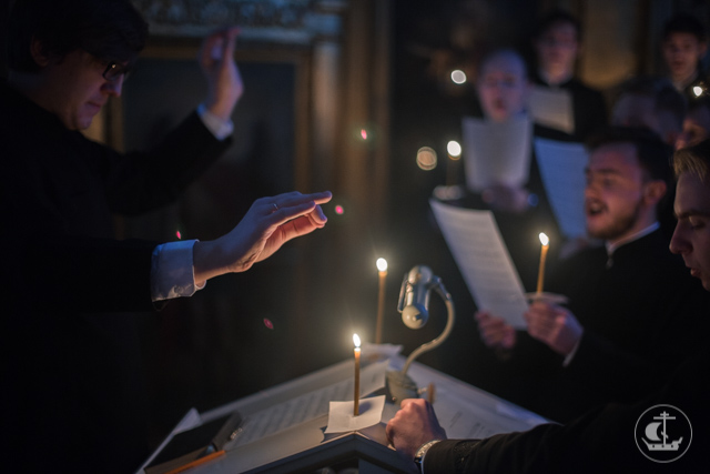 В Академии совершена первая в посту вечерняя Литургия Преждеосвященных Даров