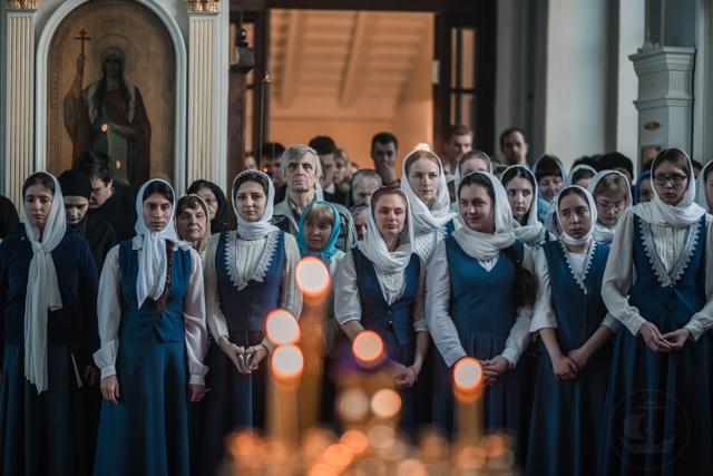 В Академии прочитали акафист – похвалу Пресвятой Богородице
