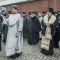 Пришли по зову совести. Как священники помогают пострадавшим и родственникам погибших в пожаре в городе Кемерово