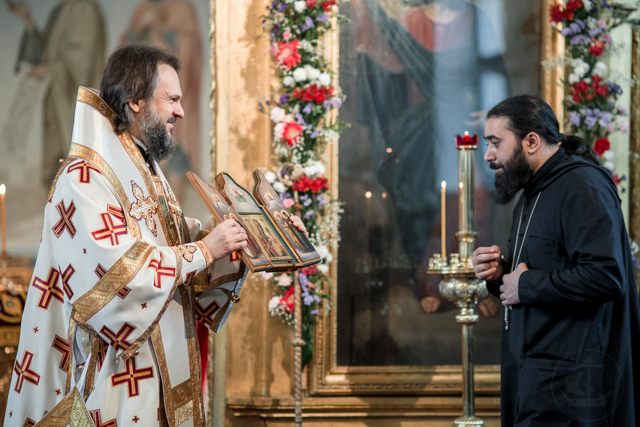Схиархимандрит Серафим (Бит-Хариби) посетил Духовную Академию на Радоницу