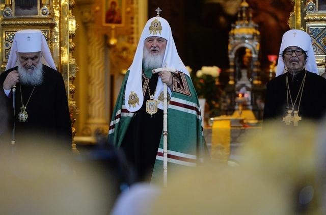 Архиепископ Амвросий принял участия в торжествах по случаю Тезоименитства Святейшего Патриарха Кирилла в Храме Христа Спасителя в Москве