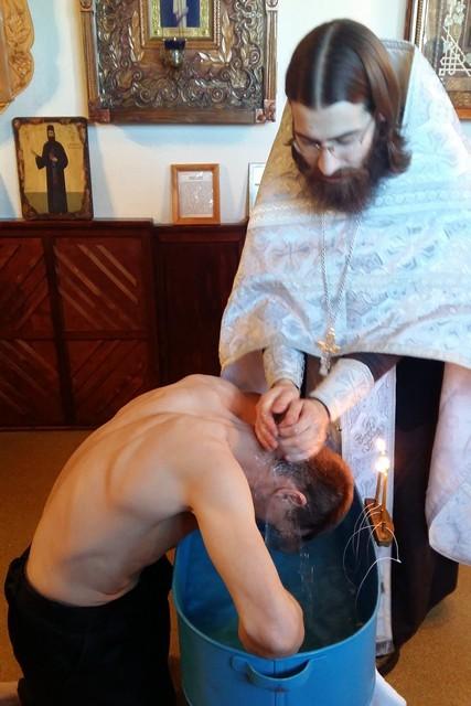 В Исправительной колонии №6 совершено Таинство крещения