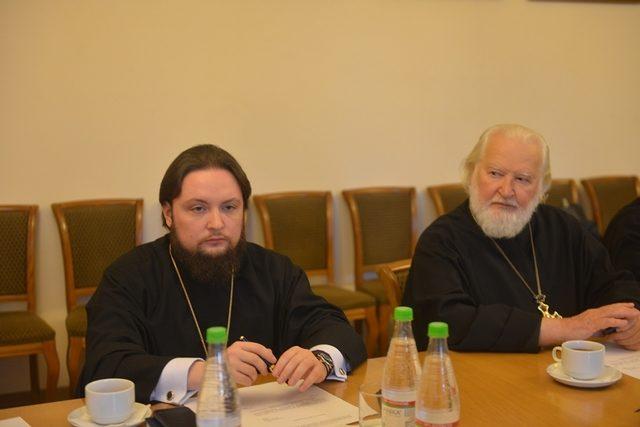 Ректор Академии обсудил вопрос преподавания теологии в вузах на заседании ОВЦС