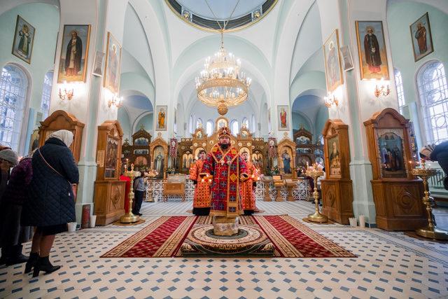 Епископ Серафим возглавил Божественную литургию в обители святого Иоанна Кронштадтского