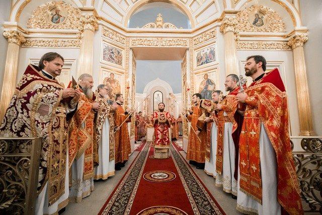 Поминая первую кровь. Ректор Духовной Академии почтил память священномученика Иоанна Царскосельского