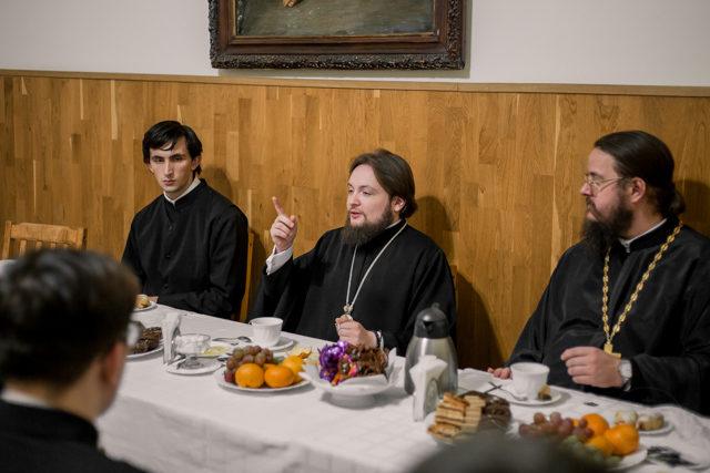 Ректор Духовной Академии встретился со студентами первого курса