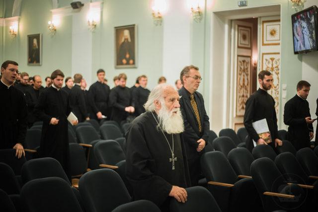 «Теология и диалог мировоззрений» – в Духовной Академии прошла научно-богословская конференция