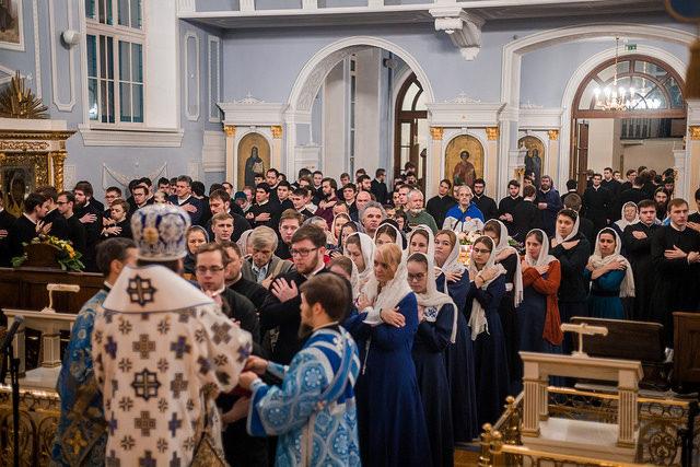 День Матери мира. Академия молитвенно встретила праздник иконы «Знамение»