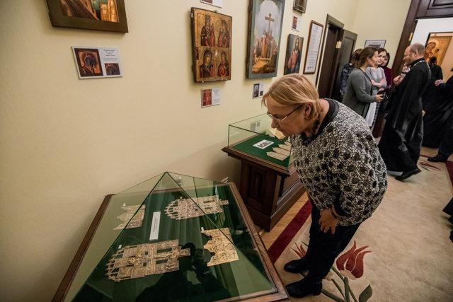 «Из-под покрова веков». В Академии открыта выставка христианского изобразительного искусства