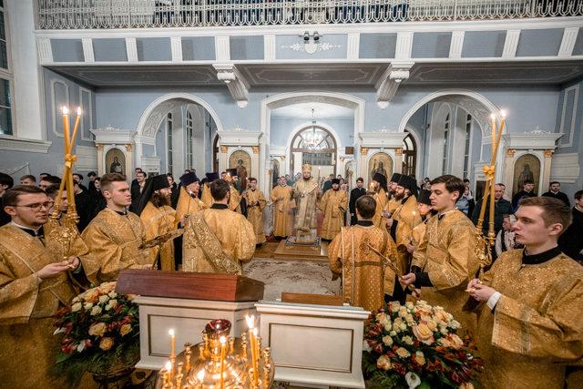 В Духовной Академии прошли воскресные богослужения