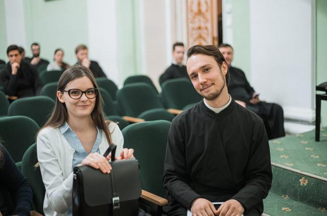 «Молодёжь. Церковь. Общество». В Академии на Неве прошёл межвузовский студенческий семинар